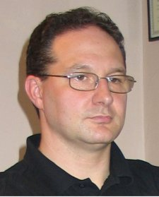Renzo Tat